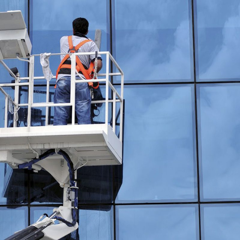 building-cleaning-l